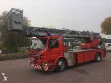 camión Scania 82M 30 meter rescue ladder