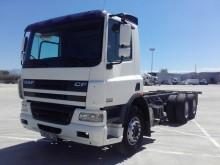 camión DAF CF 75 360