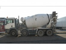 camión MAN TGA 32.400 8X4 MIXER MANUAL GEARBOX