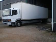 camión Mercedes 1223L