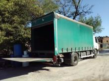 camion cassone centinato alla francese DAF usato
