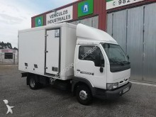 camion isotermico Nissan usato