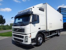 camión furgón Volvo usado
