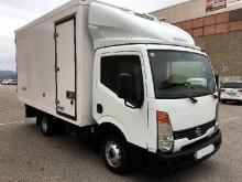 camión Nissan Cabstar 35.15 FRIGORIFICO