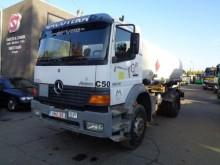 camion citerne Mercedes