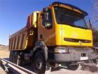 camión Renault DUMPER / VOLQUETE 370 6X4 2003