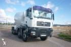 camion MAN Camion HORMIGONERA 390 8X4 2006 10M3