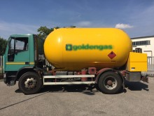 camión cisterna de gas Iveco usado