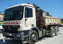 camión volquete bilateral Mercedes usado