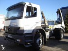 camion portacontainers Mercedes usato