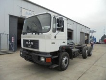 camion MAN 26.272 (BIG AXLE / 6X2)