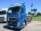 camion portacontainers Volvo usato