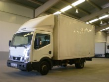 camion furgone plywood / polyfond Nissan usato