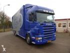 camión Scania R400 3 deks vee dwars geventileerd