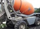 camión hormigón cuba / Mezclador Terex usado
