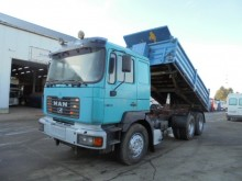 camion MAN 27.463 (BIG AXLES / STEEL / RETARDER)