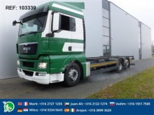 camion MAN TGX24.400 CHASSIS