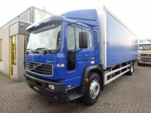 camion Volvo FL6 18.250 + MANUAL + LIFT