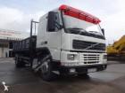 camion ribaltabile trilaterale Volvo usato