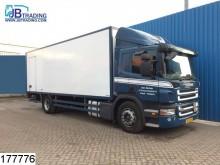 camión Scania P 230 EURO 4, Airco