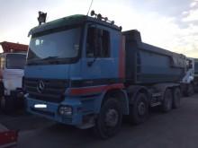 camión Mercedes Actros 4141