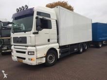 camión MAN TGA 26.440 Meat Fleischhang Rohrbahnen