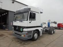 camión Mercedes Actros 2540 (AIRCO / 6X2)