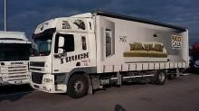 camion plateau ridelles bâché DAF