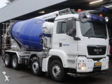 camión MAN TGS 35.400 / 8x4 / Liebherr 10m3 / Manuel / Stee