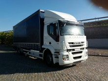 camion Iveco Stralis AT 190 S 31 P