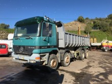 camión Mercedes 3235K