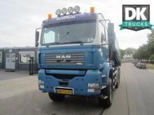 camión MAN TGA 26.410 6X6 KIPPER - KRAAN