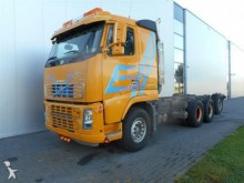 camion Volvo FH550 TRIDEM CHASSIS
