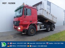 camión Mercedes ACTROS 3350 6X4 FULL STEEL HUB REDUCTION