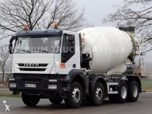 camion Iveco TRAKKER 410 / / CEMENT MIXER 9M3 / BARYVAL