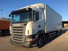 camión furgón mudanza Scania