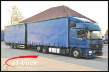 camión lona corredera (tautliner) Mercedes