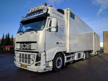 camión Volvo FH16-700 6x2/4 Globetrotter XL Euro5 Full Option