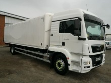 camion MAN TGM 18.290 18 TONNE COVERED STEEL CARRIER 2014 NU64 CTF