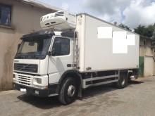 camion Volvo FM7 290