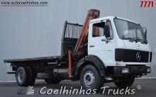 camião estrado / caixa aberta usado