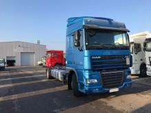 camión DAF XF105 FA 460