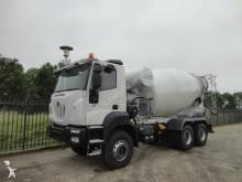 camión hormigón nuevo