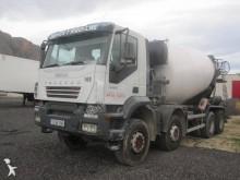 camion Iveco Trakker AD 410 T 44