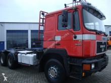 camion MAN 26-372 6x4 steelsprings