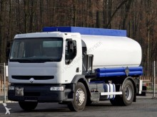 ciężarówka cysterna Renault