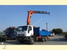 camión Iveco EUROTRAKKER CON GRUA PALFINGER