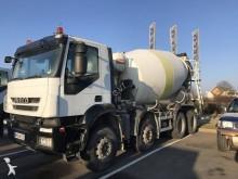 camión Iveco Trakker 260 T 41