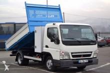 camión volquete Mitsubishi