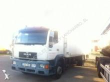 camión MAN 12.224